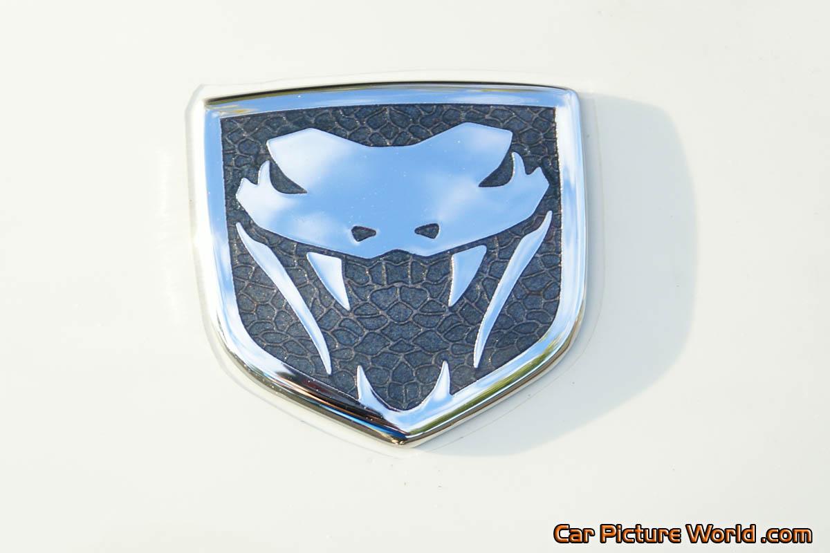 Viper srt 10 hood emblem picture