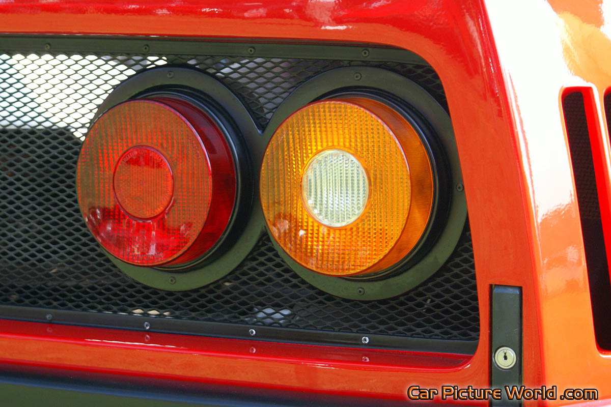 1991 Ferrari F40 Tail Lights Picture