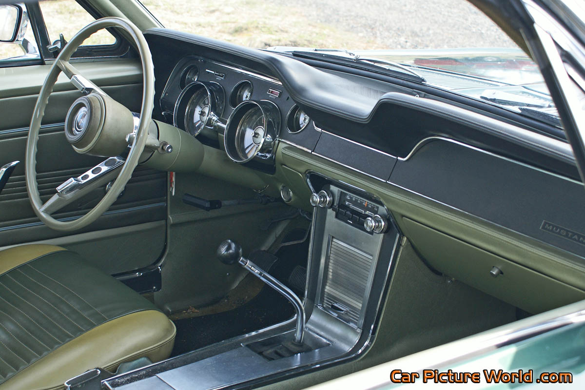 1967 Mustang Fastback Dash Picture