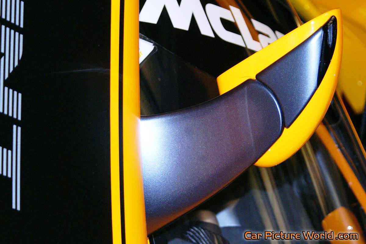 http://www.carpictureworld.com/mclaren/12c-gt-sprint/2014/2014-12c-gt-sprint-door-mirror-1200x800.jpg