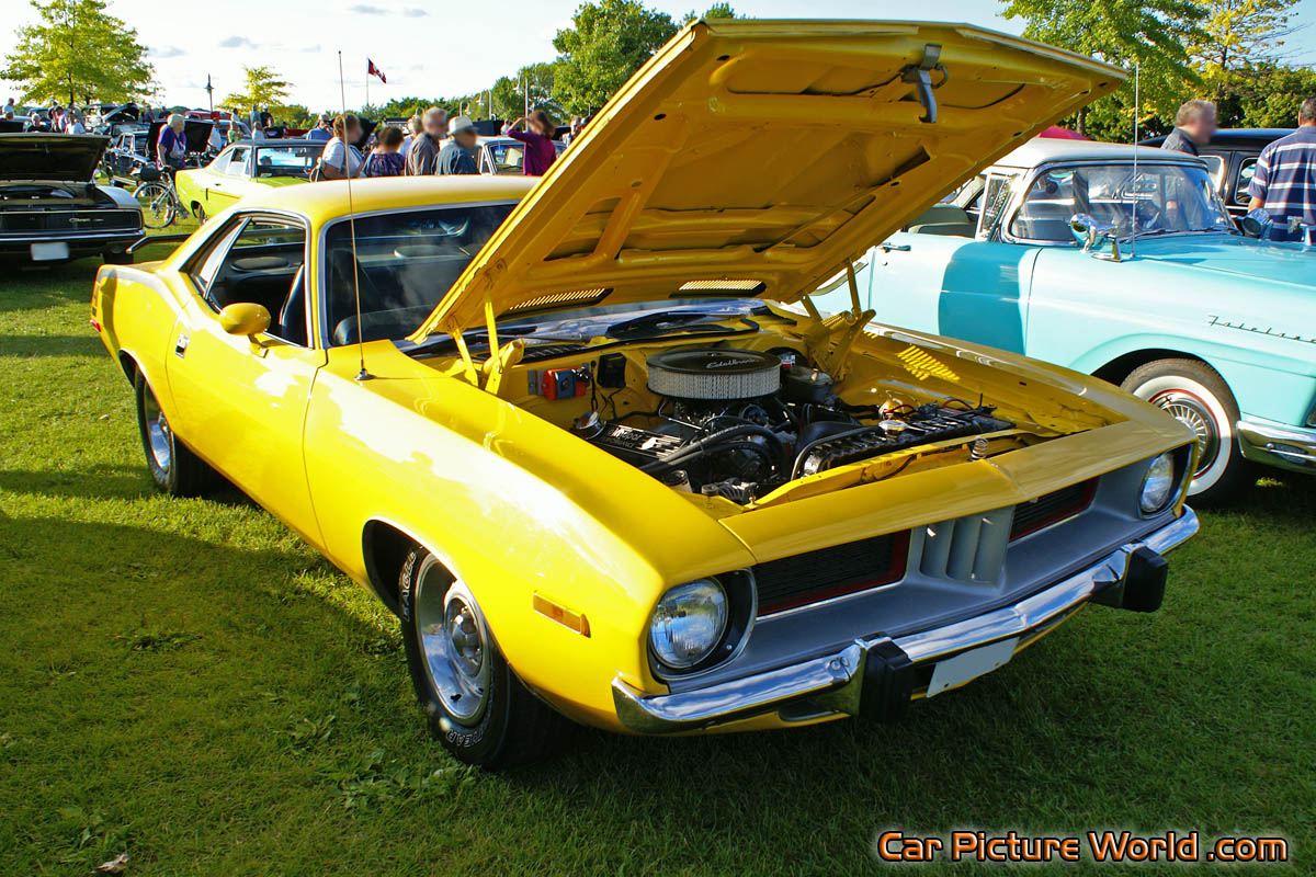 1973 440 Cuda Front Right Picture